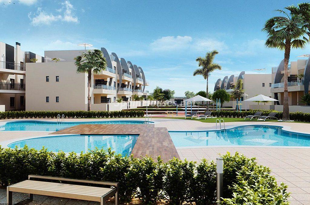 obranueva orihuelacosta1 1024x680 - ¿Qué será de la vivienda en 2017? Más obra nueva e hipotecas más caras