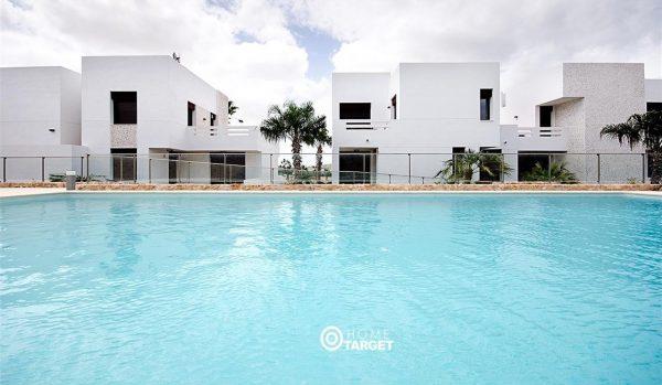 """orihuela8 1 600x349 - 10 casas que son una auténtica """"ganga"""" inmobiliaria"""