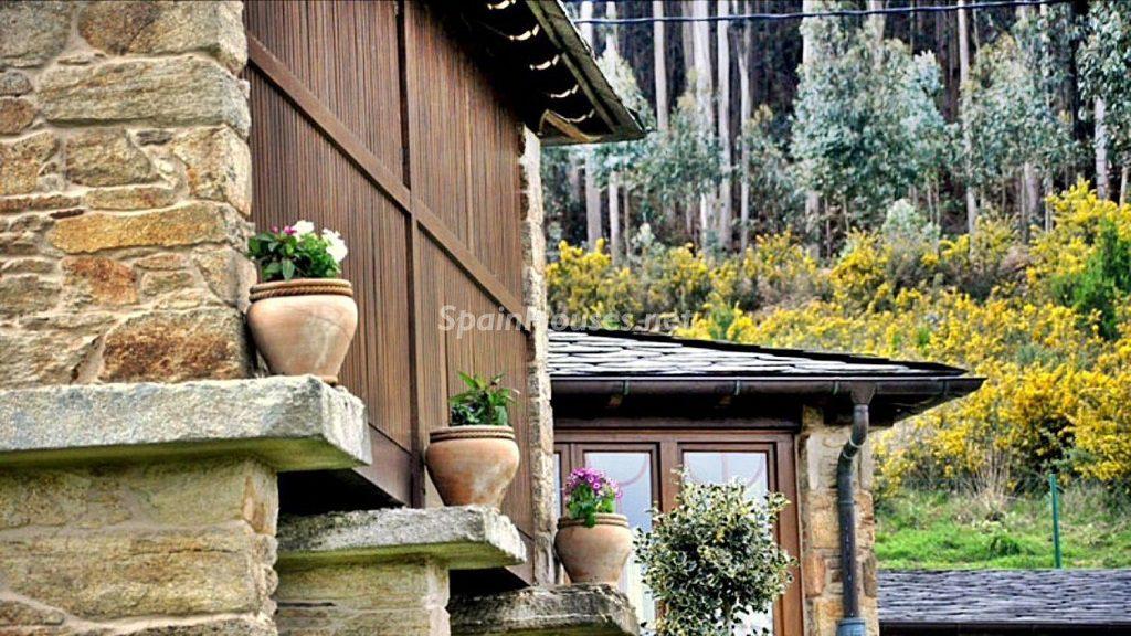 ovicedo lugo 1024x576 - Otoño en 12 preciosas casas en la montaña ideales para disfrutar de la naturaleza