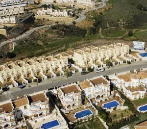 parcelas urbanas1 300x263 - El precio del suelo urbano bajó un 17,4% en el segundo trimestre
