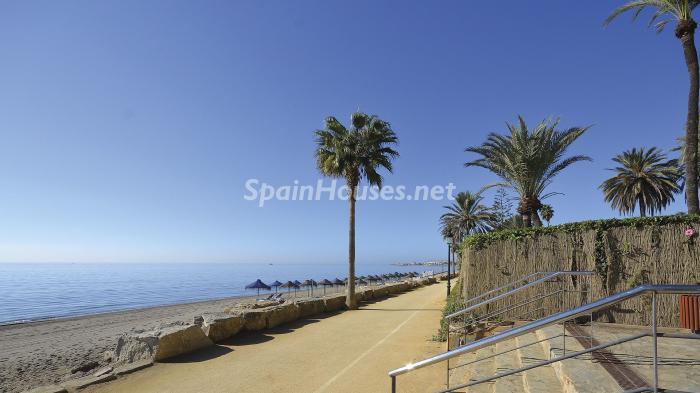 paseomaritimo - Precioso apartamento con decoración elegante y serena junto al mar en Marbella