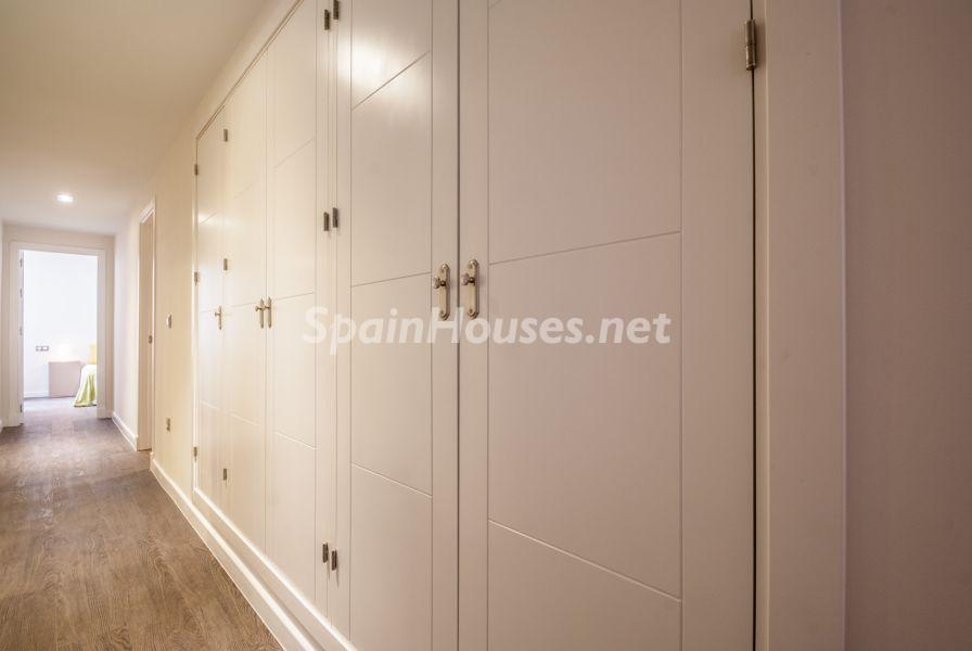 pasillo 5 - Home Staging de detalles cálidos en un bonito piso reformado en Cádiz capital