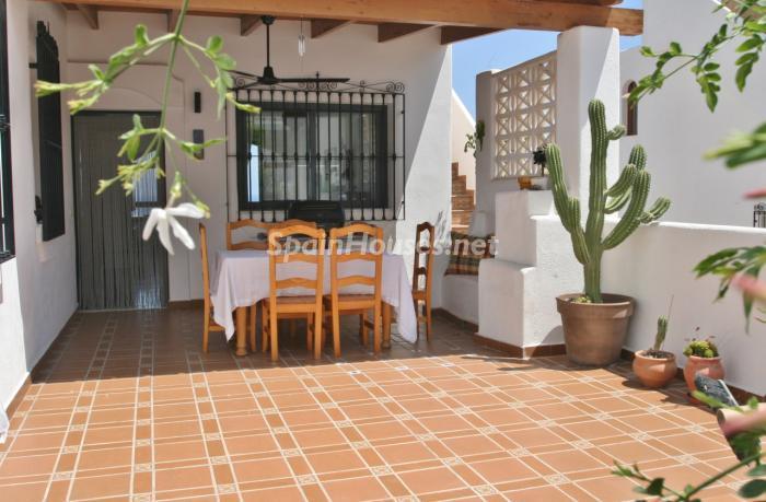 patio10 - Gran chalet de 6 dormitorios con vistas a la Isla de San Andrés, Carboneras (Almería)