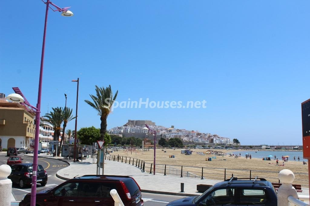 peniscola castellon 1024x683 - 16 apartamentos de 1 dormitorio cerca del mar, por menos de 110.000 euros