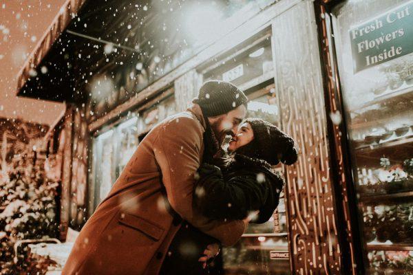 people 2597454 960 720 600x400 - Los destinos españoles más románticos para tu escapada de San Valentín
