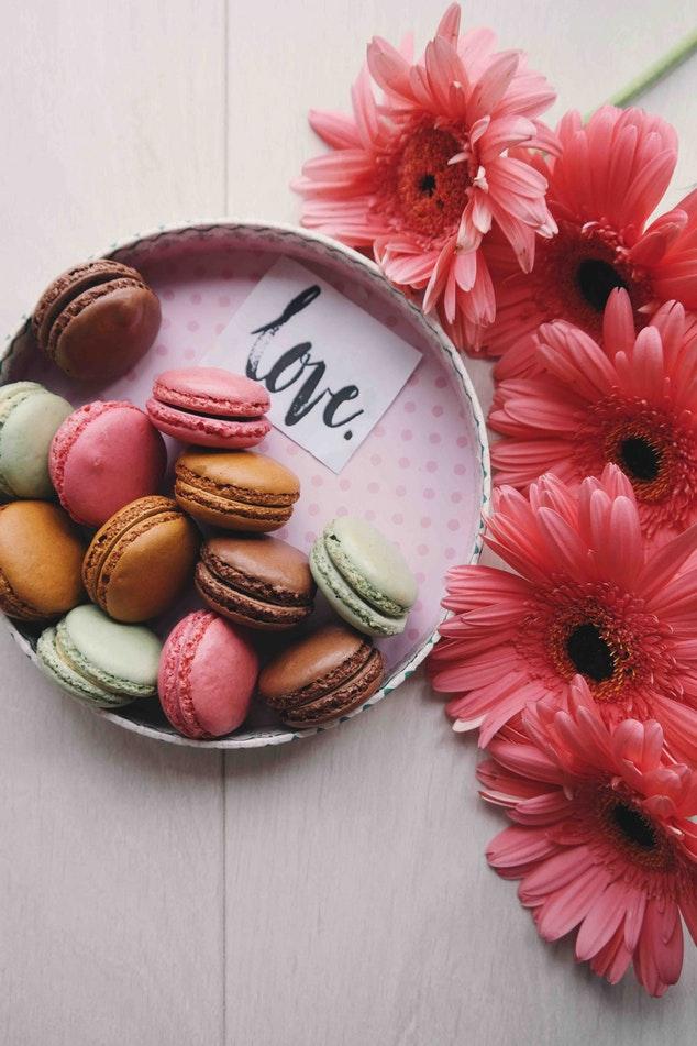 photo 1501747188 61c00b3d8ba0 - Ideas para una velada de San Valentin perfecta en casa