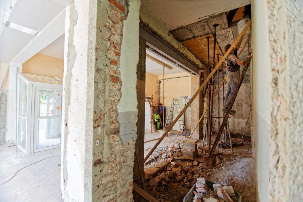 photo 1517581177682 a085bb7ffb15 1024x682 - ¿Qué reformas debes realizar para revalorizar tu casa hasta un 20%?