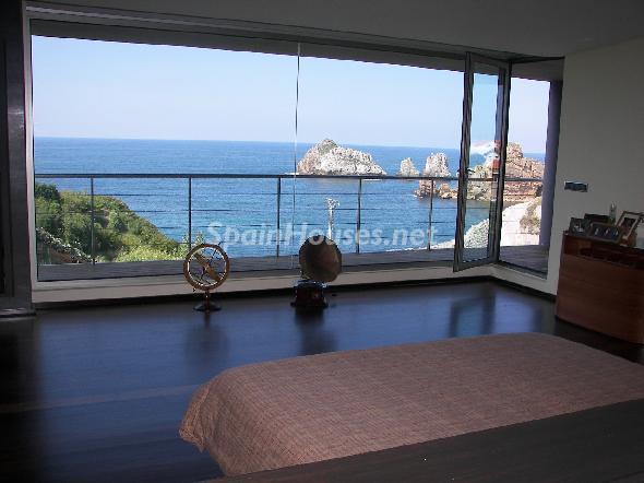 pielagos cantabria1 - 5 fantásticas casas y 3 bonitos pisos con geniales dormitorios que miran al mar