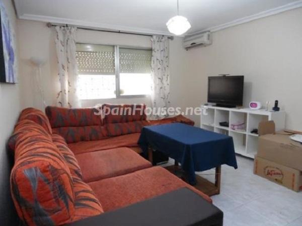 pinomontano sevilla2 - A la caza de gangas en Sevilla: 18 pisos por menos de 90.000 euros en Macarena, Torreblanca...