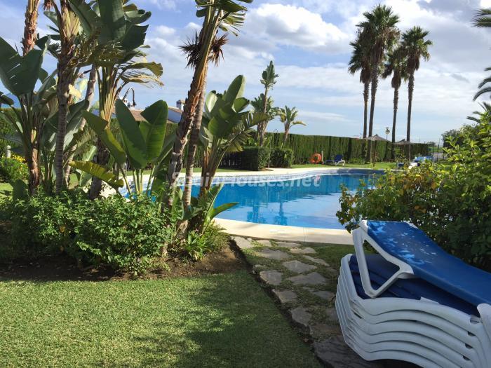 piscina 1 - Chalet en alquiler en primera línea de golf y mar en Alcaidesa (Costa de la Luz, Cádiz)