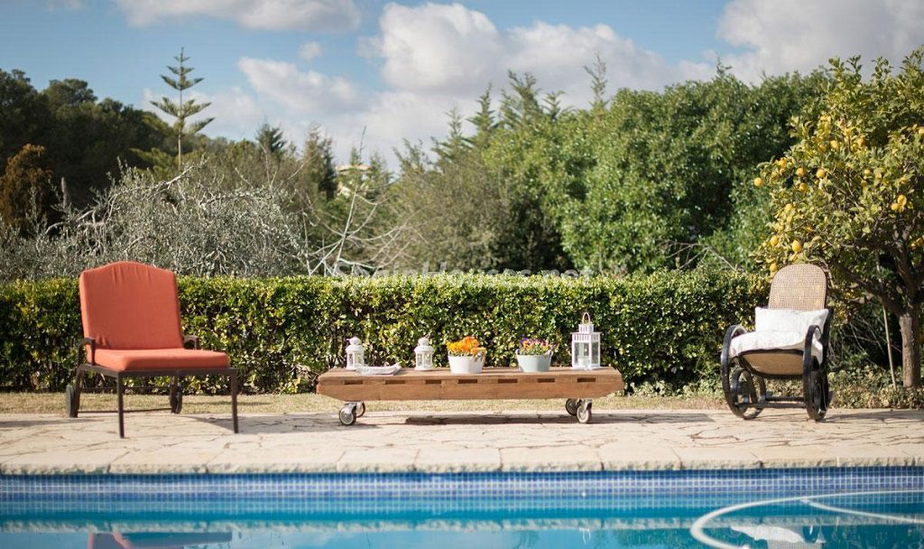 piscina 27 1024x608 - Preciosa casa rústica entre viñedos y naturaleza en el Bajo Penedés, Tarragona