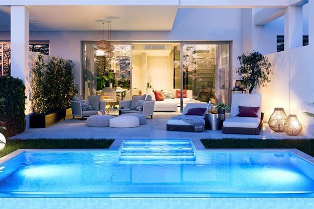 piscina 3 2 - Exclusiva casa con piscina en la Costa del Sol