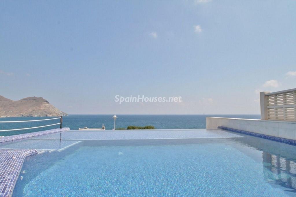piscina 8 1024x682 - Coqueto chalet a estrenar con bonitas vistas al mar en San José (Cabo de Gata, Almería)