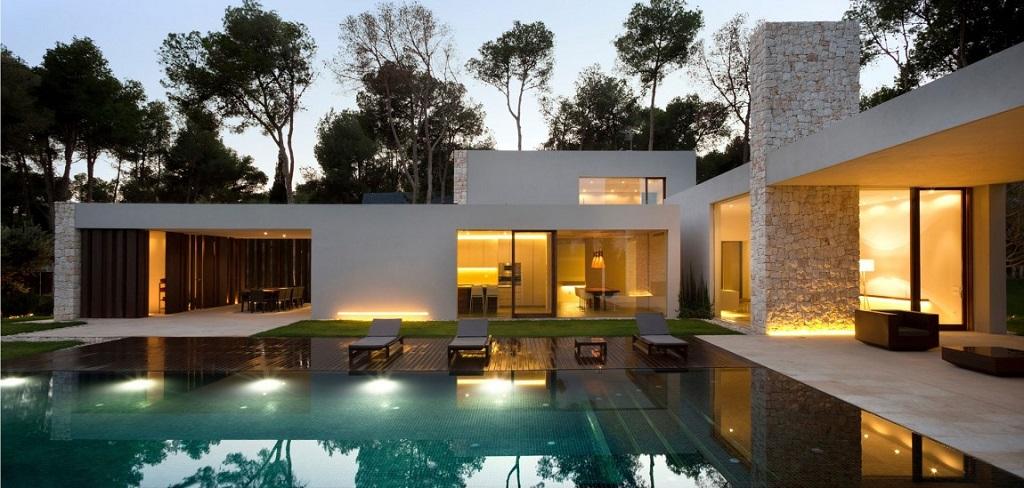 piscina nocturna2 - Casa El Bosque (Chiva, Valencia): diseño moderno con distintos grados de intimidad