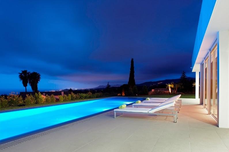 piscina-nocturna