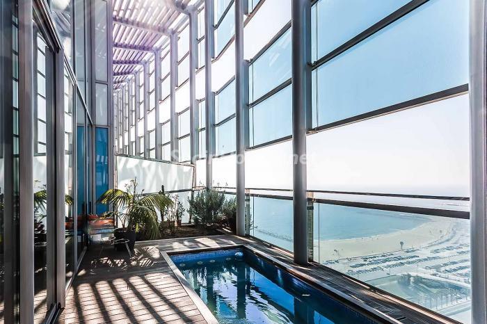piscina vistasbarcelona - Lujo en el cielo de Barcelona en un espectacular ático de diseño en Diagonal Mar