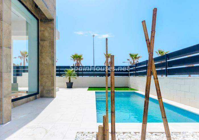 piscina116 - Coqueta y luminosa casa de diseño en Guardamar del Segura (Costa Blanca, Alicante)