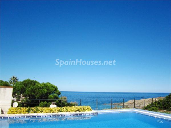 piscina12 - Casa de la Semana: Preciosa villa en alquiler de vacaciones en El Port de la Selva (Girona)