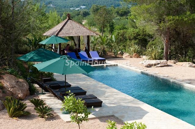 piscina36 - Preciosa casa de reluciente blanco mediterráneo en la campiña ibicenca