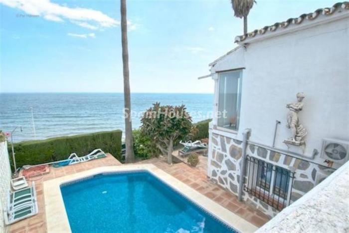 piscina38 - Preciosa casa llena de luz junto al mar en Mijas Costa (Costa del Sol, Málaga)