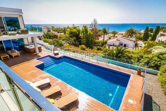 piscina47 - Moderna villa con fantásticas vistas al mar en Les Basetes, Calpe (Costa Blanca)