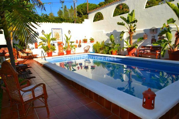 piscina5 - Casa de la Semana: Chalet lleno de encanto en El Candado, Málaga (Costa del Sol)