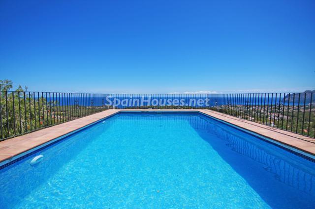 piscina53 - Genial villa en alquiler de vacaciones en Benissa (Costa Blanca): valle, montaña y mar