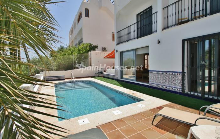 piscina58 - Gran chalet de 6 dormitorios con vistas a la Isla de San Andrés, Carboneras (Almería)