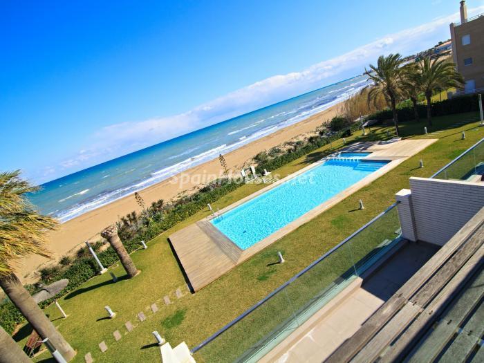 piscinayplaya - Vacaciones en playa de Las Marinas, Dénia (Costa Blanca) con vistas panorámicas al mar