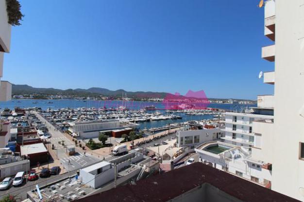 piso 3 - Oportunidades de compra: 10 pisos en Ibiza por menos de 200.000 euros