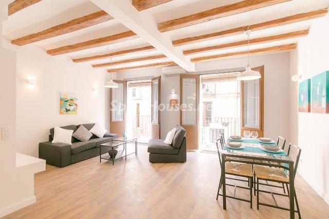 pisorehabilitado barcelona - Los españoles gastamos 26.200 euros de media en reformar la vivienda
