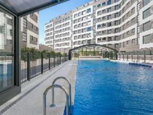 pisos madrid 300x225 - La venta de vivienda se disparó un 19% en 2014 y los precios un 0,1% según los notarios