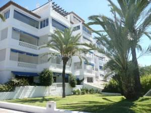 pisos puertobanus 300x225 - La venta de viviendas crece un 13,7% en el mejor septiembre en 5 años