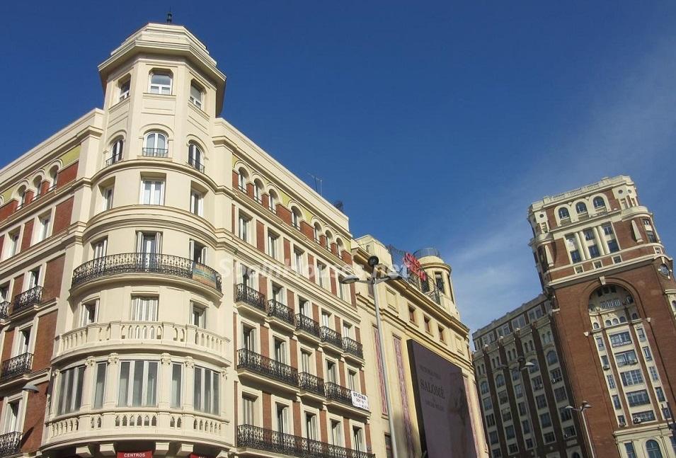 pisos sol centro madrid - Vivienda: Madrid, a pesar de caer un 6%, sigue con el metro cuadrado más caro de España