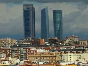 pisos1 300x225 - El ICO destina más de dos millones y medio de euros a actuaciones de vivienda en 2010