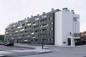 pisos52 300x199 - Ecología y eficiencia energética, lo último en viviendas protegidas