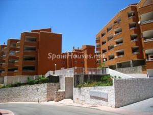 pisosnuevos mijas 300x225 - Stock inmobiliario: En 25 provincias la construcción de viviendas se podría reactivar