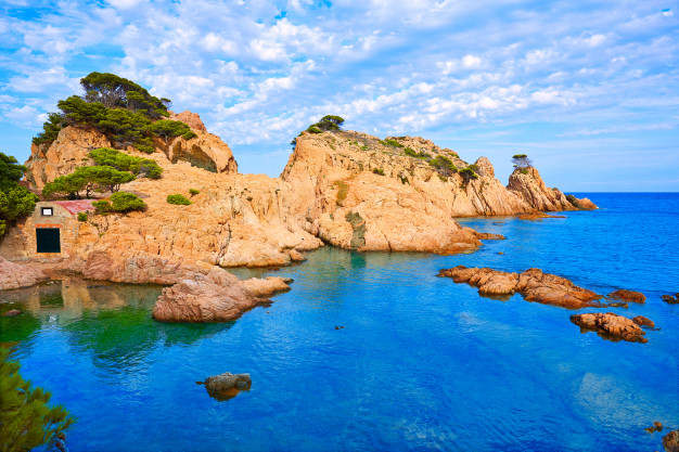 playa aigua xelida cala tamariu parafrugell 79295 7992 1 - Pueblos con encanto de la Costa Brava