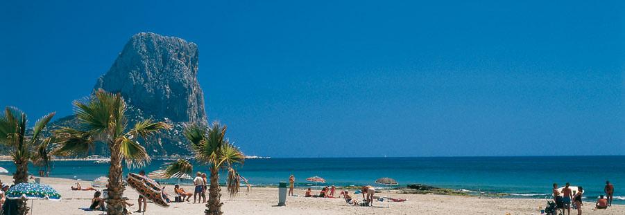 playa calpe alicante - Alicante barre a Málaga en venta de segunda vivienda a extranjeros