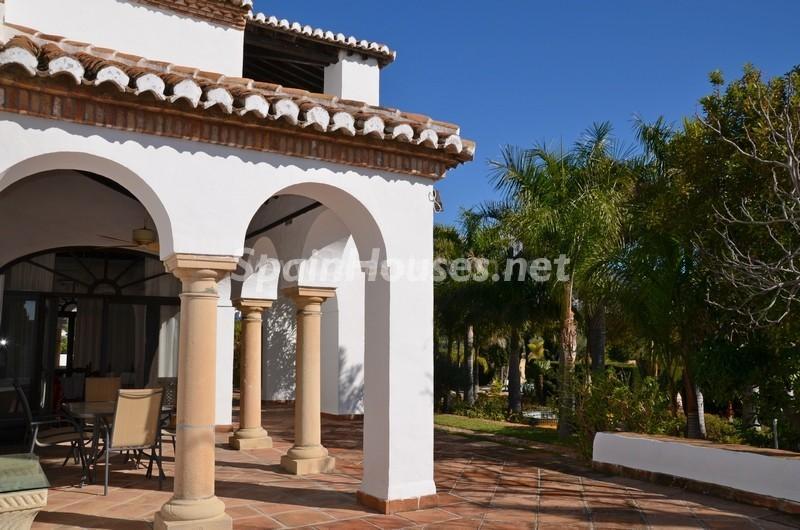 porche 2 - Vacaciones llenas de encanto en un cortijo andaluz en Frigiliana (Costa del Sol, Málaga)