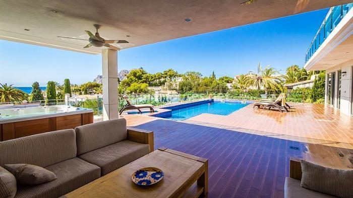 porche10 - Moderna villa con fantásticas vistas al mar en Les Basetes, Calpe (Costa Blanca)