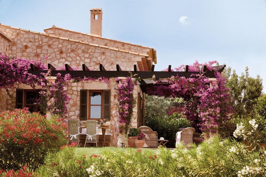 porche16 - Paraíso de luz y buganvillas en una preciosa casa en Santanyí (Mallorca, Baleares)