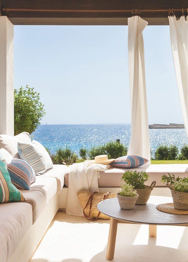 porcheyvistas 1 736x1024 - Fantástica casa junto al mar en Menorca (Baleares) abierta al Mediterráneo