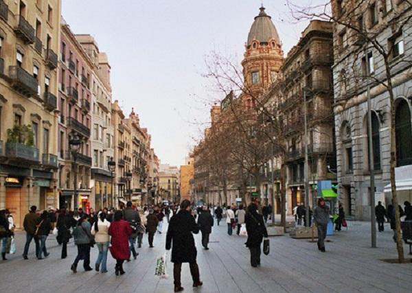 portaldelangel barcelona - El Portal del Ángel de Barcelona, la calle comercial con los alquileres más caros de España