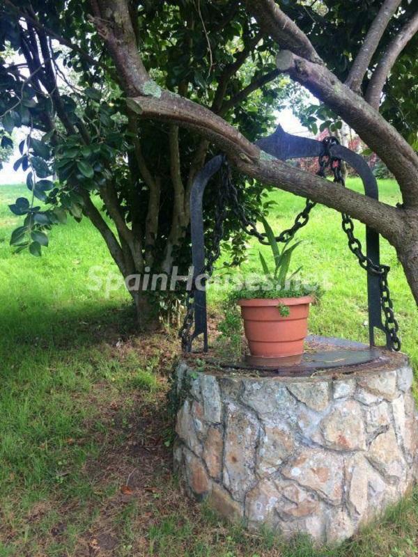 pozo - Casa primaveral en Villaviciosa (Asturias): encanto, naturaleza y un romántico jardín