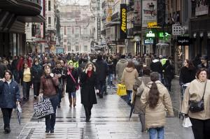 preciados madrid 300x199 - El Portal del Ángel (Barcelona) y Preciados (Madrid), las calles comerciales más caras