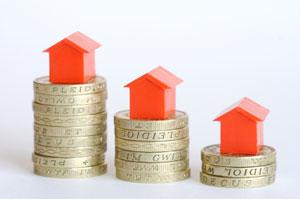 precio baja - El precio de la vivienda acumula un descenso del 45,6% y bajará más en el 2014