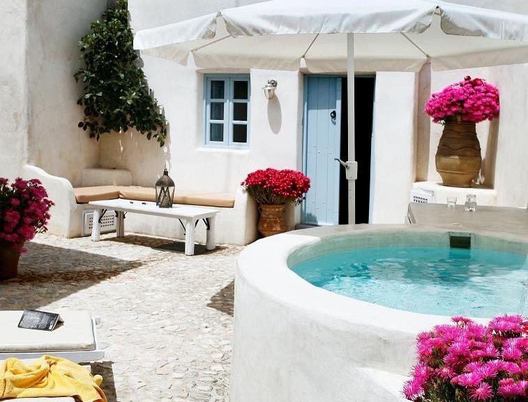 Patio estilo mediterráneo - Foto: Gina Montalvo
