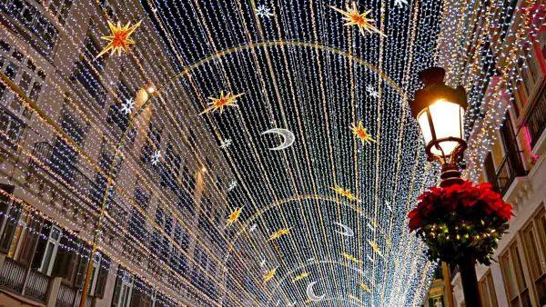 recordgo 600x338 - Las 5 ciudades de España que más brillan en Navidad