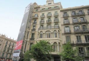 Edificio rehabilitado en Barcelona